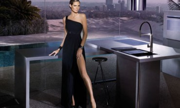 Heidi Klum in cucina con Franke