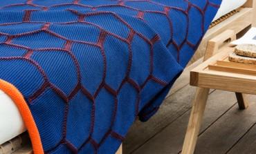 Tricot di Unopiù, la coperta retrò pop per l'outdoor