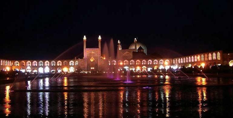 Bene i primi mesi per l'arredo in Iran