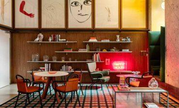 Oluce porta il 'bespoke' al Room Mate Giulia Hotel