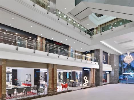 Terzo store in India per Roche Bobois