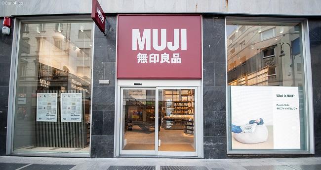 Negozio Cake Design Torino Centro : Muji trasloca pi? vicino al centro di Milano - Pambianco ...