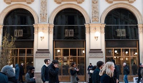 """Peregalli firma la """"cucina"""" di Cracco in Galleria"""