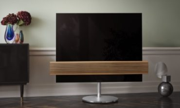 Bang & Olufsen, wood edition per BeoVision