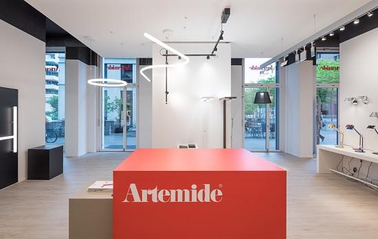 Artemide inaugura il suo 1° monomarca in Svizzera