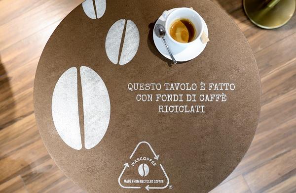 Autogrill, dal caffè nascono arredi con Wascoffee