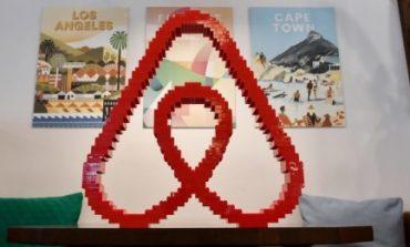 Airbnb torna all'utile e punta al Nasdaq