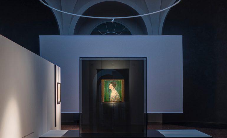 Illuminare Klimt. Un progetto di Davide Groppi