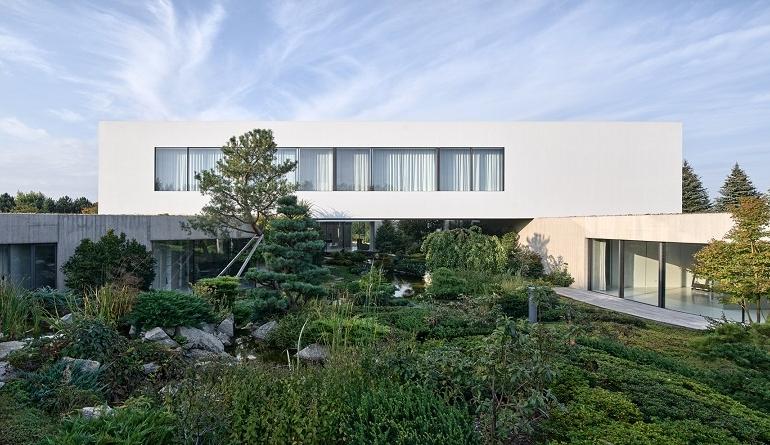 Ideal Work per il progetto 'From The Garden House' ispirato alla natura
