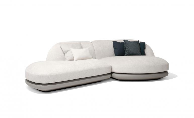 Da Giorgetti il sistema-divano firmato da Roberto Lazzeroni